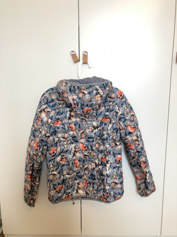 CMP Daunen Jacke mit Blumenmuster
