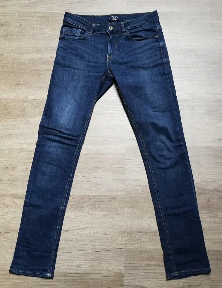 9188538e35cd Bershka Jeans Skinny Fit Röhrenjeans! Denim Markenjeans Gr. 38 Unisex!  Klassiker