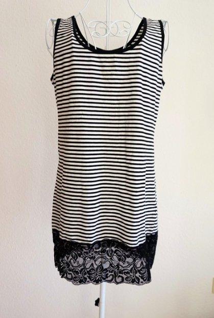 janina - Süßes neues Kleid mit Streifen und Spitze    Kleiderkorb.de 5ea63b2e96
