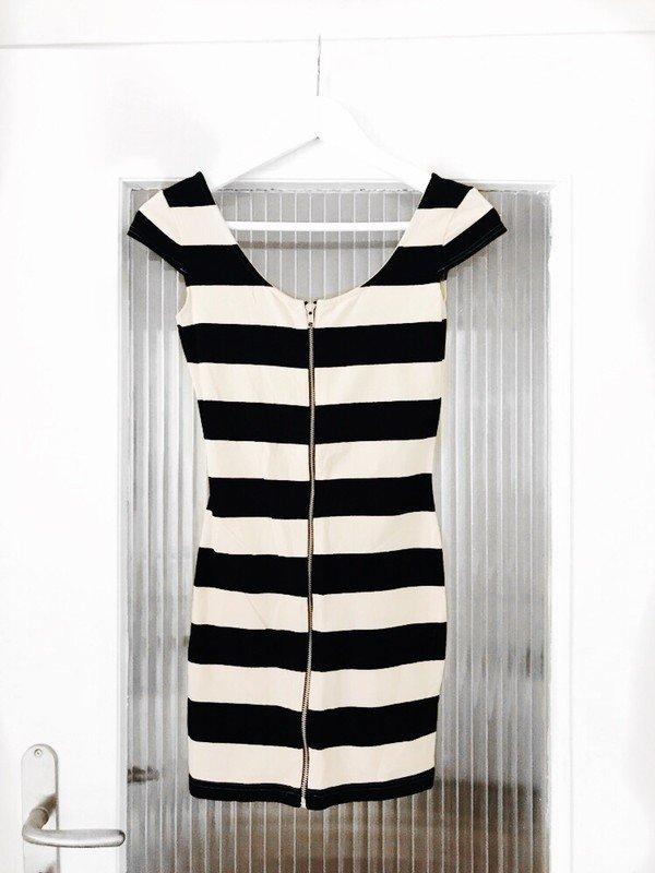 H&M Minikleid Kleid gestreift mit Reißverschluss 34