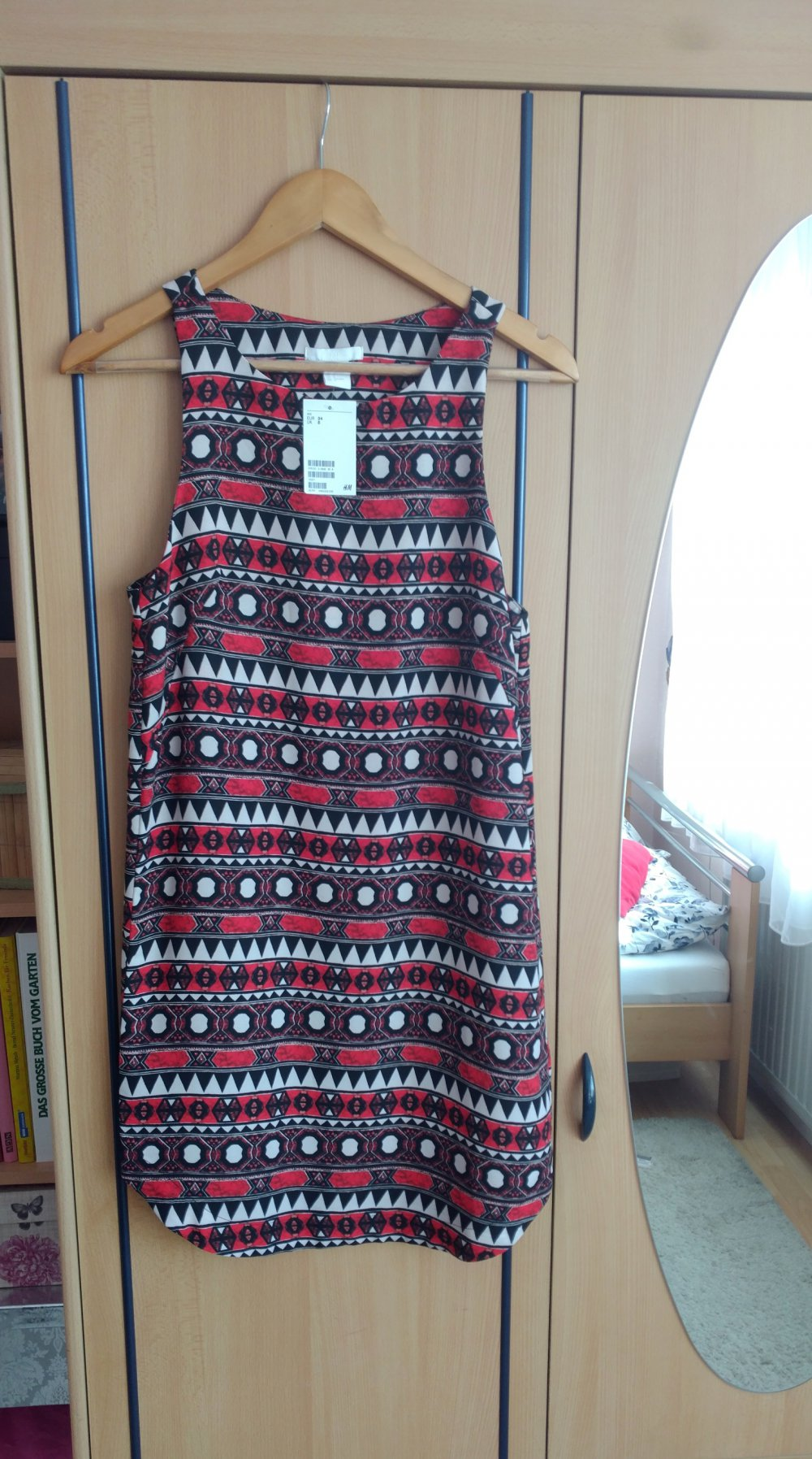 NEU rot bunt gemustertes Kleid ärmellos H&M 34 XS Aztekenmuster