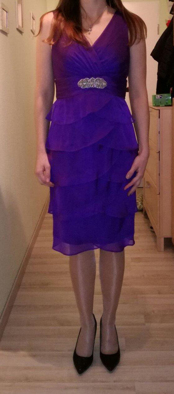 C&A - Abendkleid Gr. 36 in lila zu verkaufen :: Kleiderkorb.de