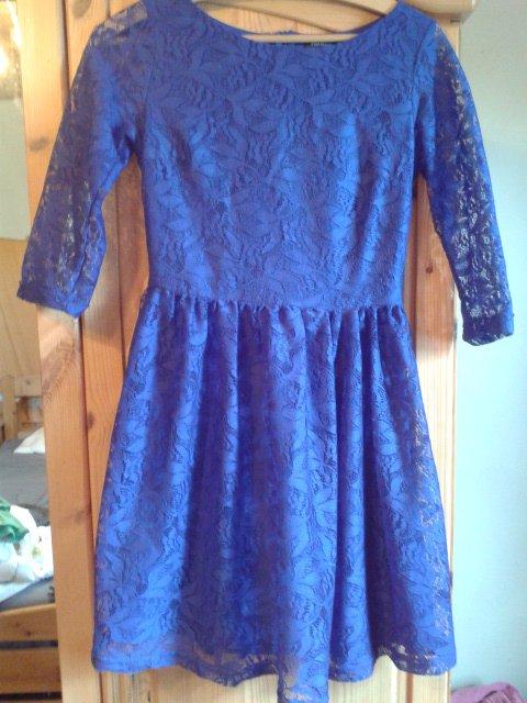 blaues Kleid mit Spitze, Ärmel, Cocktailkleid, süß, Fishbone, XS