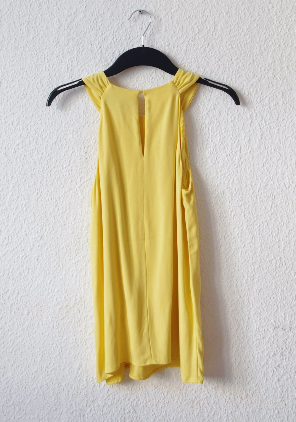 Elegantes schulterfreies Hallhuber Top Gr. S 18 18 zitronengelb Cutout Bluse