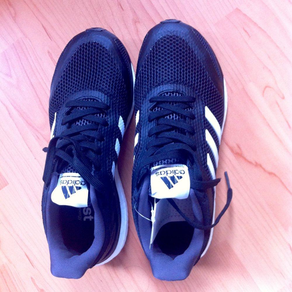 Adidas Schuhe Response Boost + Damen schwarzweiss : www