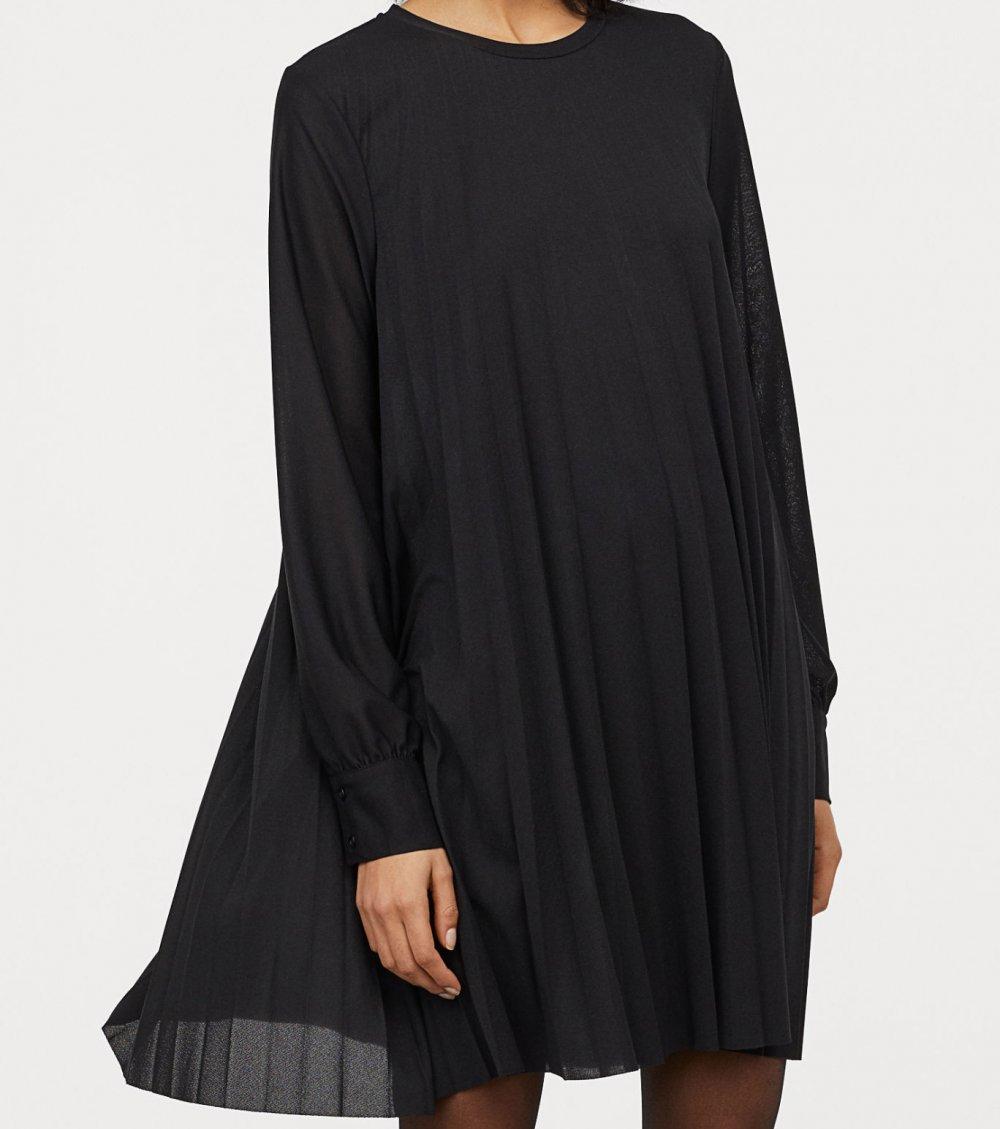 NEU mit Etikett / Plissiertes Kleid schwarz langarm / XS