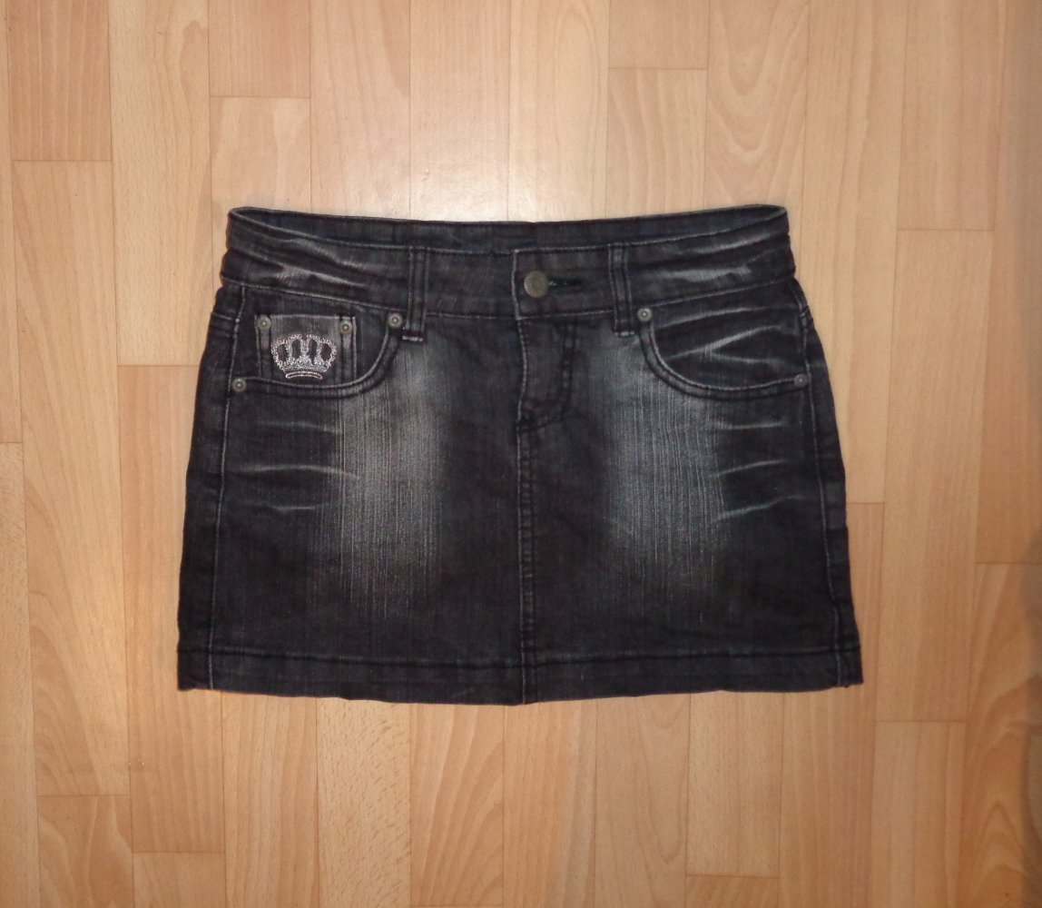 7b4fec792812 Jeans Rock Gr.S mit Aufdruck Gr.S Jeansrock Minirock Sommer Fashion Gothic  Hardrock