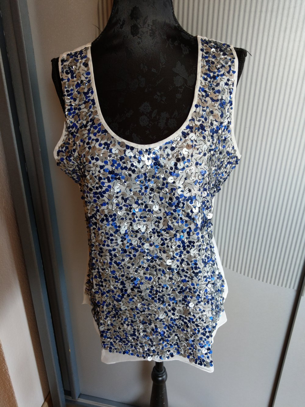 top shirt bluse pailletten guido maria kretschmer weiß blau grau