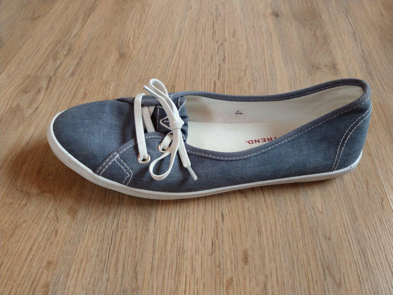 Ballerinas Stoffschuhe blau weiß Tamaris