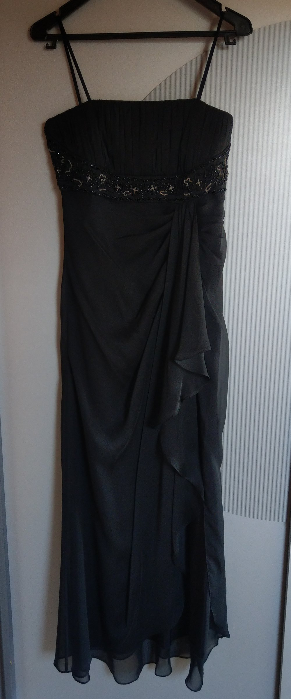 Abendkleid Kleid schwarz Pailletten Ambiance
