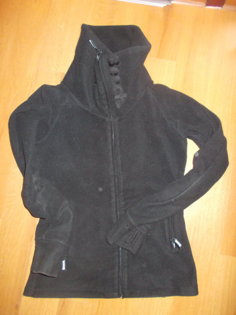 b8626c146c15b Bench Fleecejacke hoher Kragen schwarz Größe M :: Kleiderkorb.de