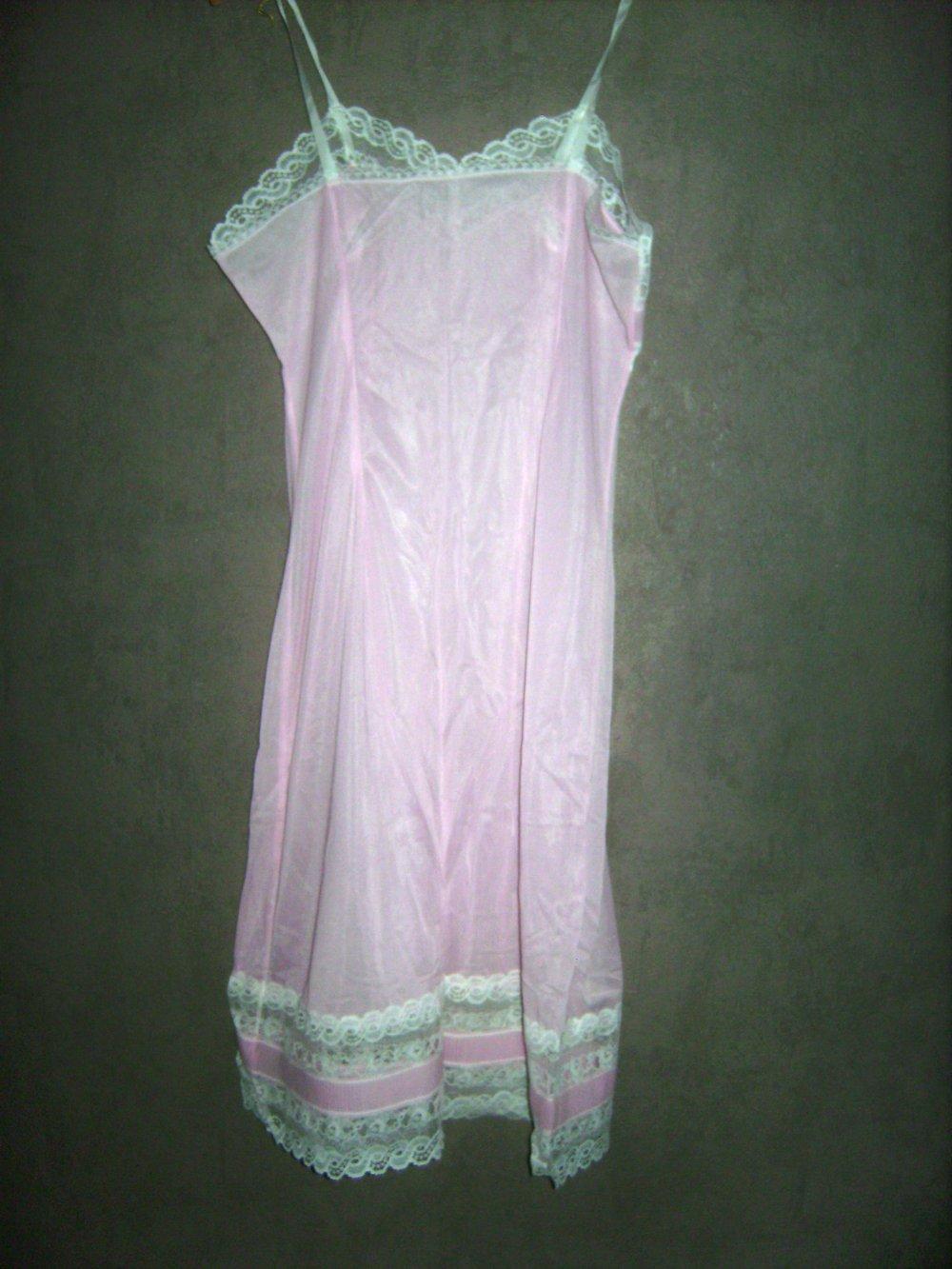 kleid knielang, trägerkleid negligeè, nachtkleid, unterkleid lolita, pliseè  mit spitze, mori,true vintage,ungetragen,rosè gr. 42,lingerie, kleid