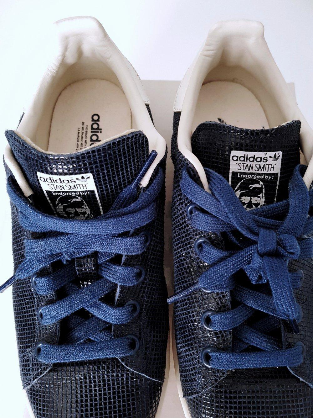 Khakifarbene Adidas Chucks 38 Kleiderkreisel