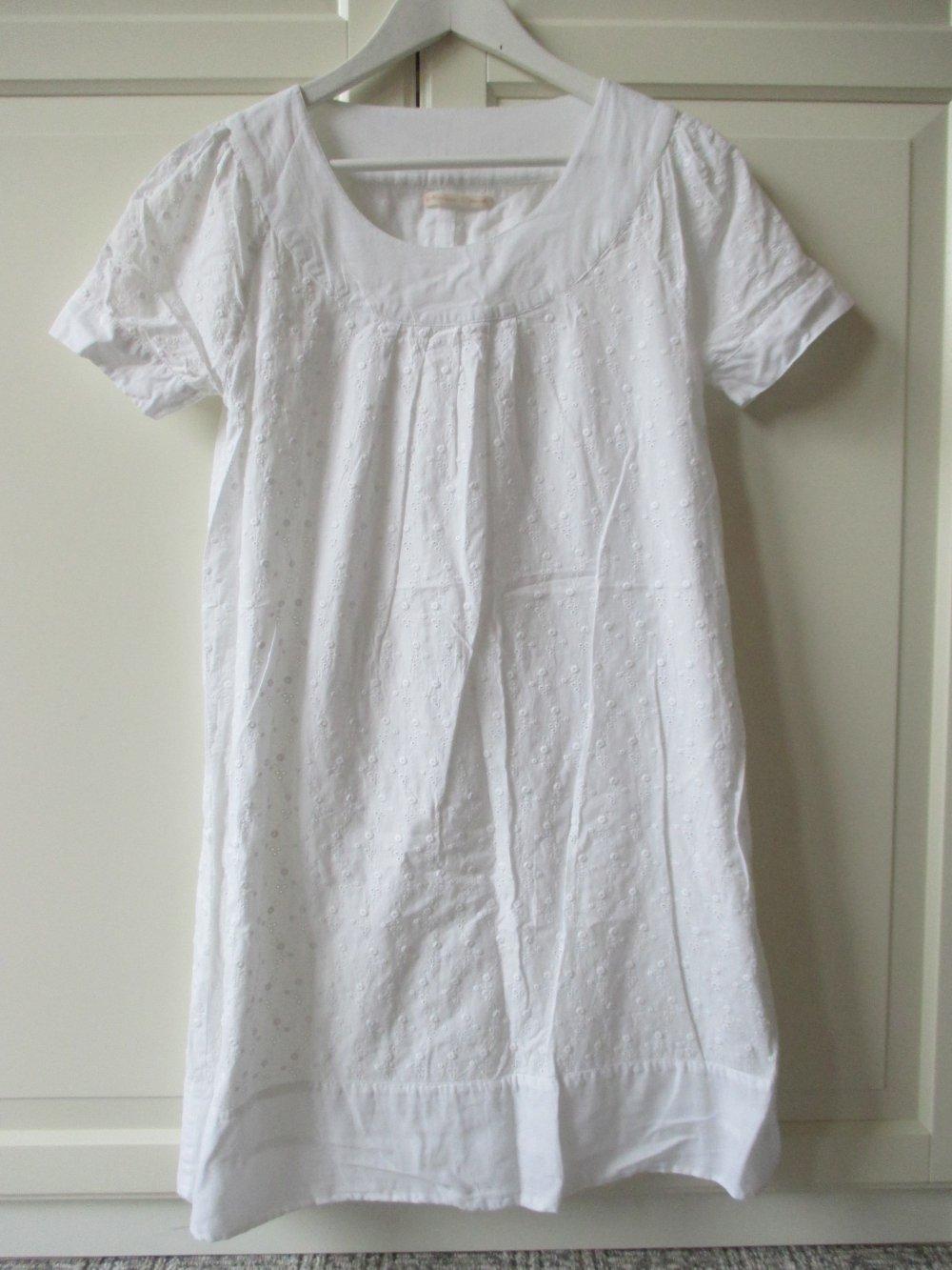 Mellow Peach, zuckersüßes weißes Kleid, Kurzarm, Lochmuster, gefüttert, Gr. 36 , Rundhals Ausschnitt
