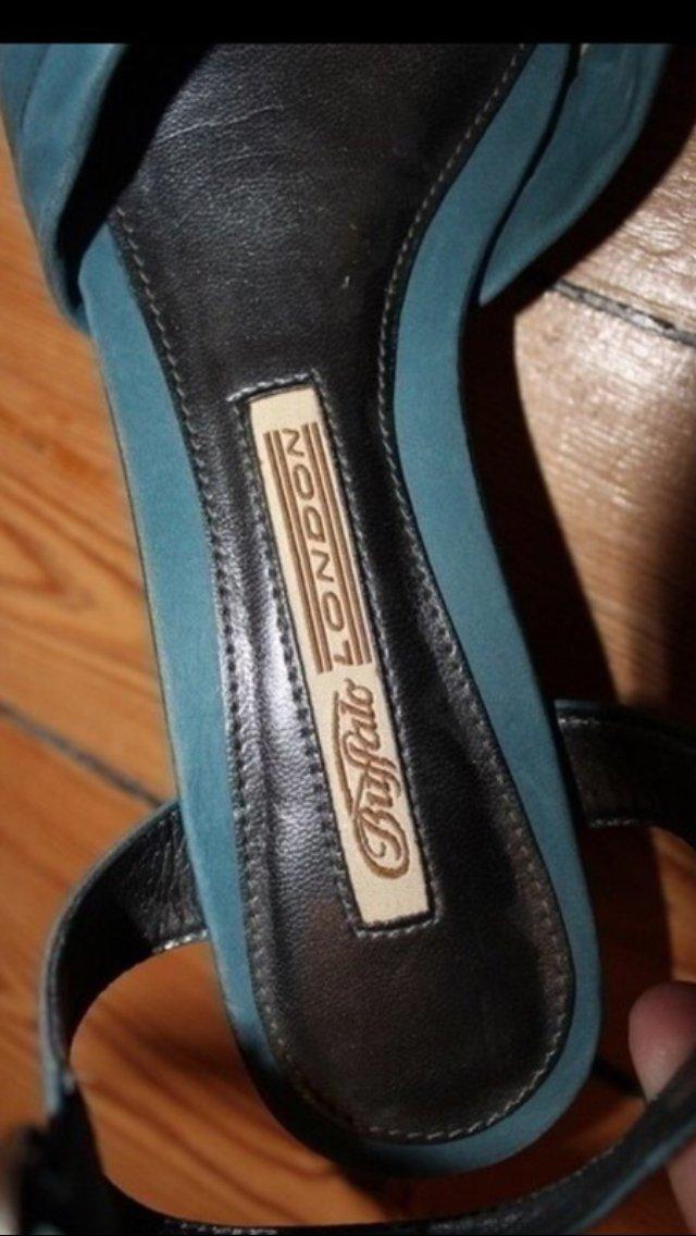 competitive price c0422 7c0b1 super schöne riemchensandalen / sandaletten von buffalo/ sommerschuhe in  petrol blau