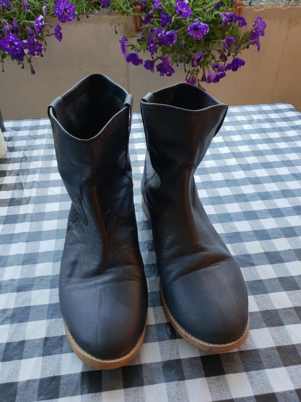 NEU & UNGETRAGEN Stiefeletten Stiefel Schuhe WGT Gothic Schwarz