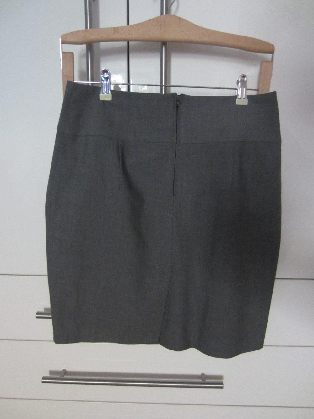 d5c94e383ee555 Grauer Businessrock von Orsay (Größe 38) :: Kleiderkorb.de