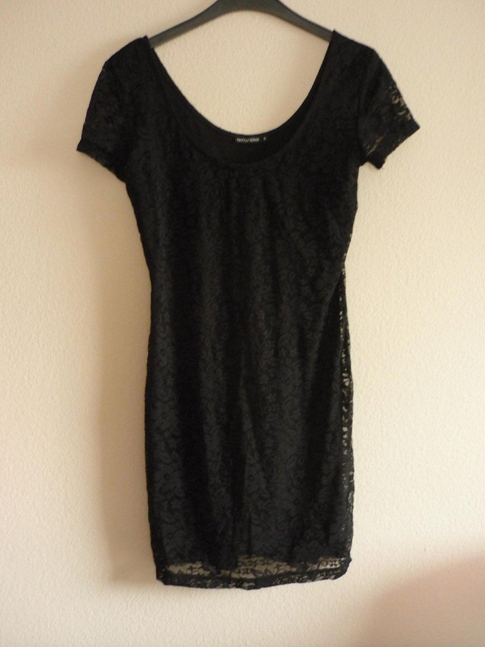 Kleid - schwarz - viel Spitze - eng anliegend - Mini Kleid Gr.S
