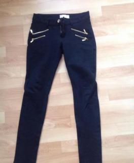 737c467dccda00 Stylische leggings/ jeggings mit goldenen Reißverschlüssen ...