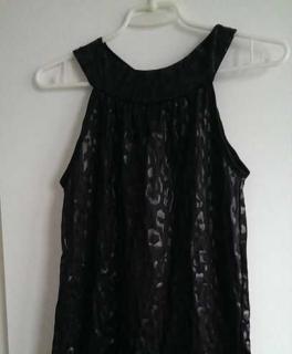 2d334db9f75197 kurzes Kleid Größe S mit Muster