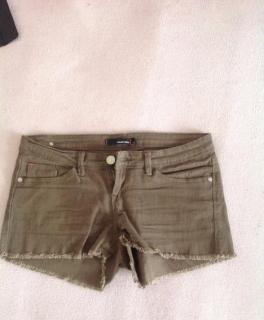 2eeda103a90dbb Stylische leggings/ jeggings mit goldenen Reißverschlüssen Braune Shorts,  hot pants