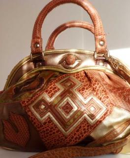 21af818d1093d Vintage Handtasche Wendetasche Umhängetasche braun Leder optik gold