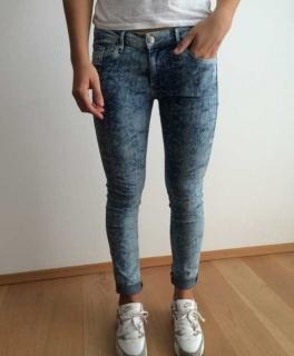 Jeans in Schlangenoptik Fellweste d97b09cdb5