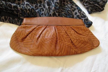 bc96890837 ... Fossil Clutch top Zustand Leder