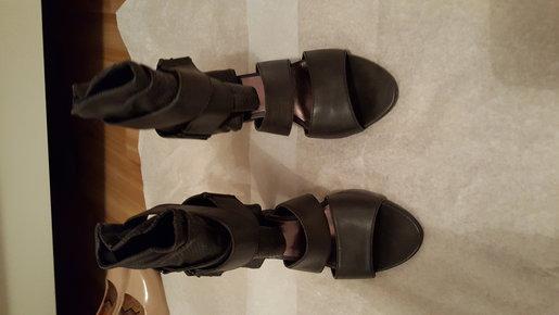 sandalen mit absatz gr 38. Black Bedroom Furniture Sets. Home Design Ideas
